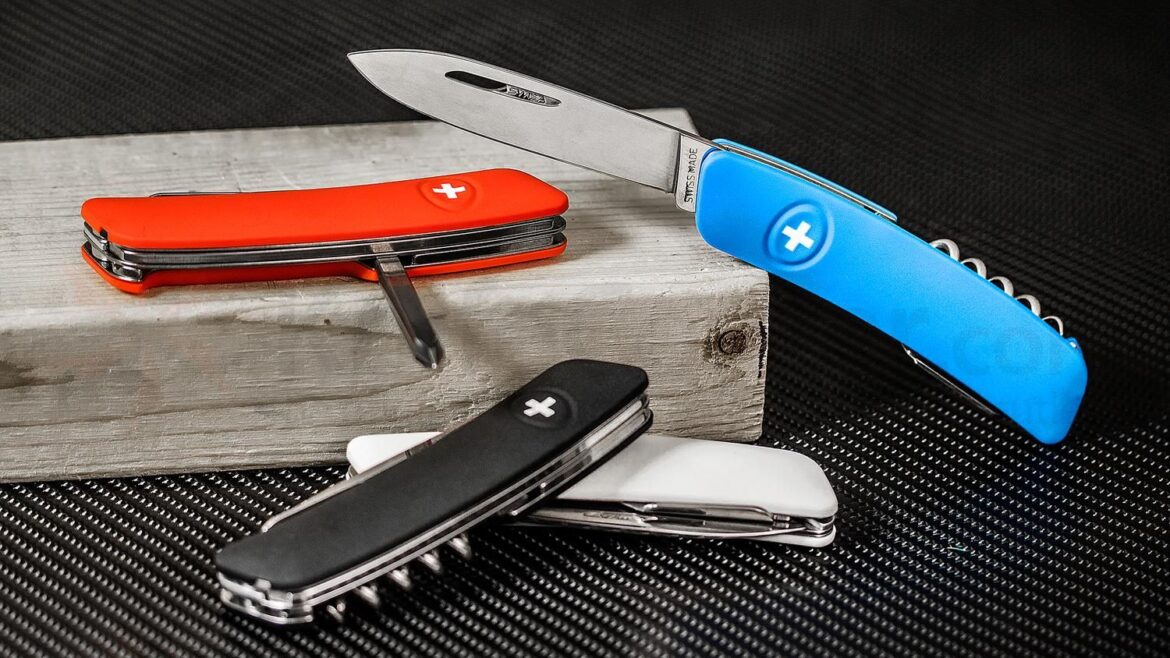 6 Reasons a Leatherman Pocket Knife Will Be Your New Favorite EDC Staple