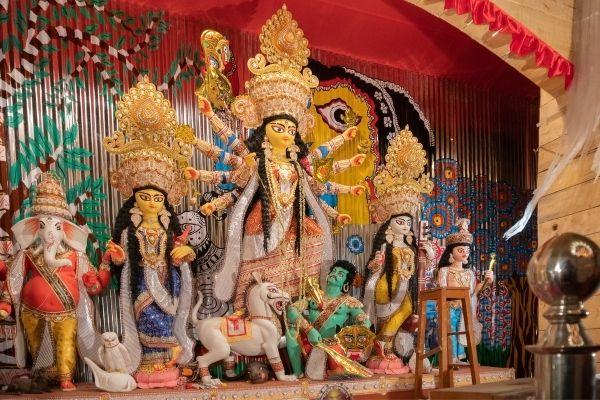 8 Finest Ways to Know Kolkata's Durga Puja Celebration