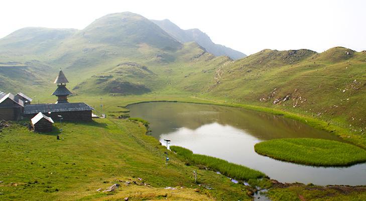 PRASHAR LAKE WAY: Incomplete journey and complete adventure