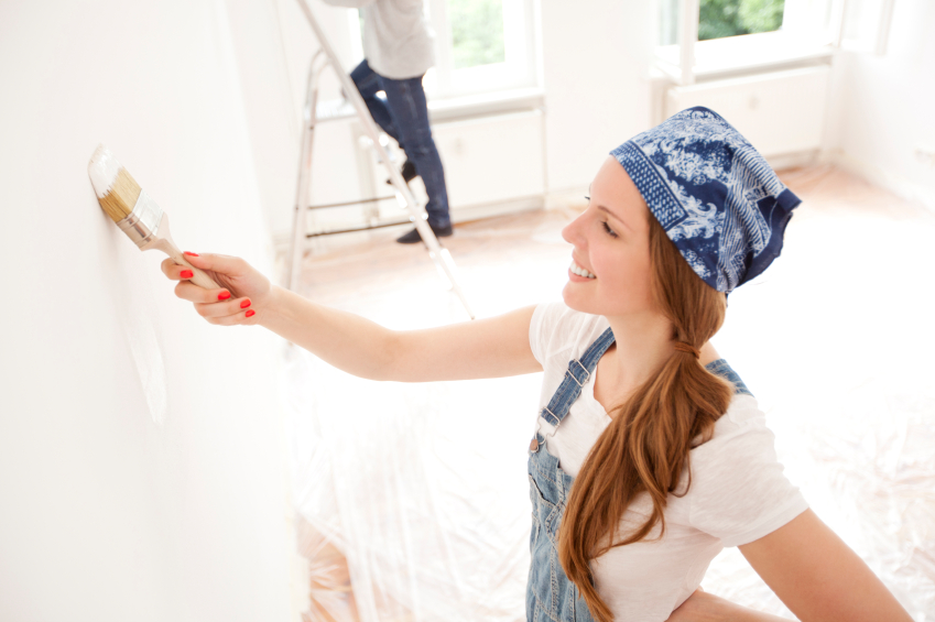 What Work Is Associated With Painter And Decorator Romford In A Construction Company?