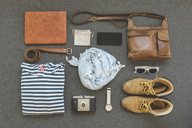 USEFUL TRAVEL ACCESSORIES FOR OUTDOOR ADDICTS
