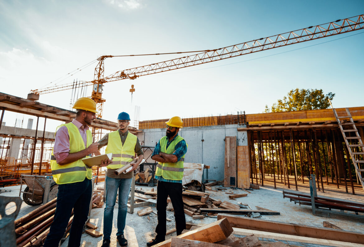 Start a Successful Building Contracting Business in Dubai