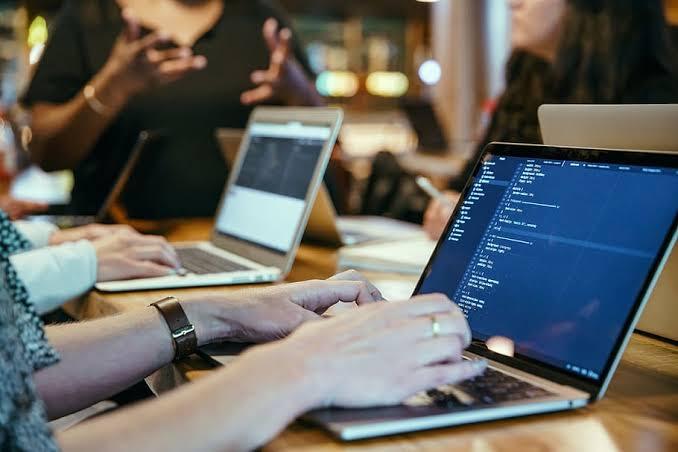 Start Software Company in Dubai